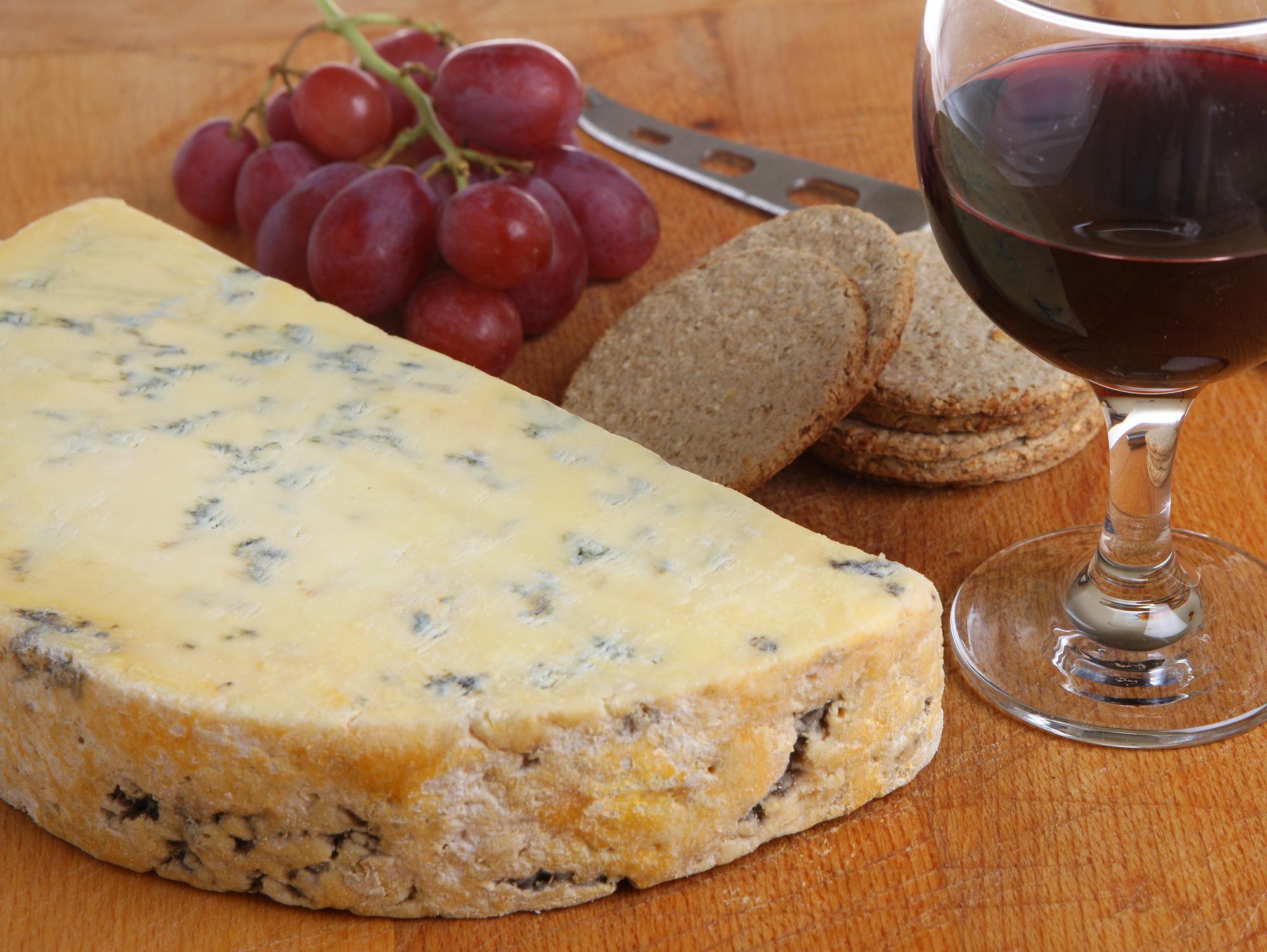 זה רק פורט: החיים הסודיים של היין האדום-מתוק מעמק הדורו